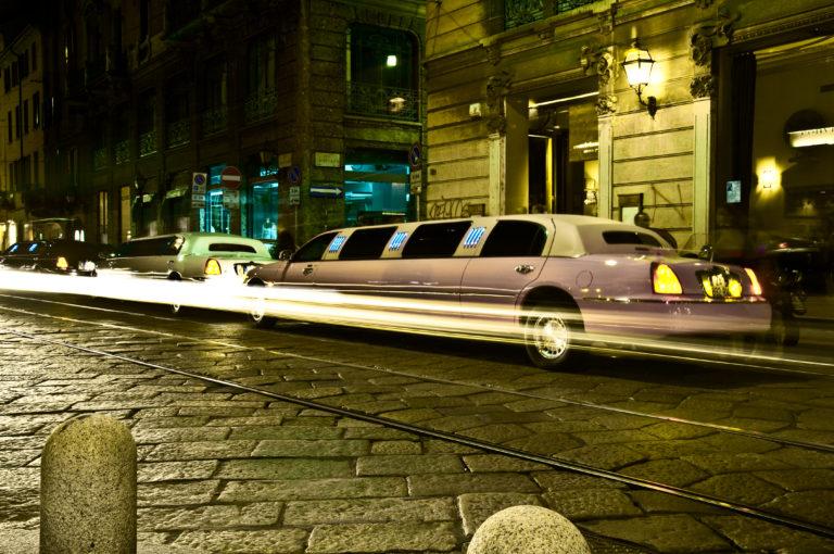 cheap limo night cruise